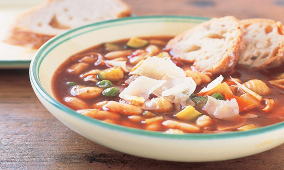 Minestrone with sea fruits soup
