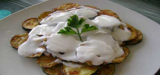 Fried Zucchini with Yoghurt